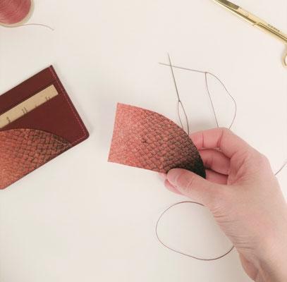 Porte-cartes en cuir de poisson Matières à parer