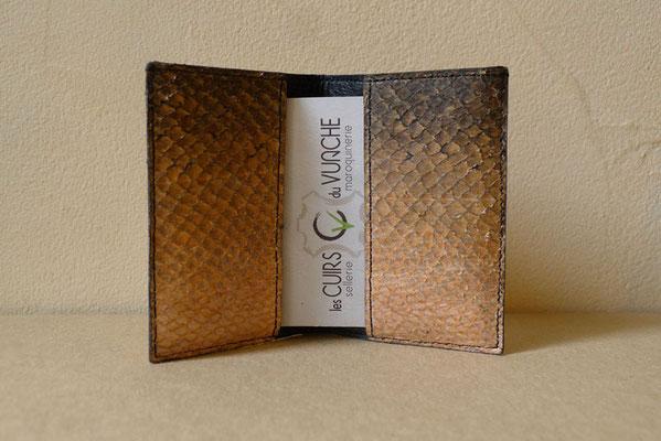 Les cuirs du Vuache porte cartes en cuir de poisson