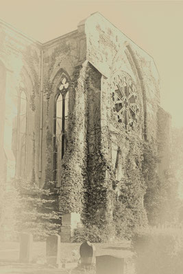 Dr. Klaus Erler - Neogotische Kirchenruine