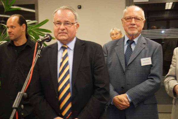 Stadtverordnetenvorsteher Dr. Christoph Müllerleile bei seinem Grußwort