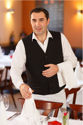 Stecios Amparidis, Restaurant Papazofs