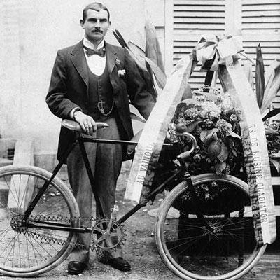 Arthur Linton (1872-1896;wohl stes Dopingopfer) Worldchampion, mit Simpson Chain-Velo