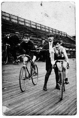 Parc des Princes Paris: Holzboden-Arena ca. 1912