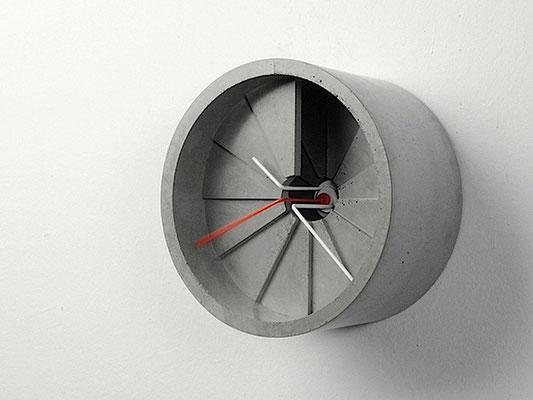 Uhrdesign Studio 4th Dimension-Clock
