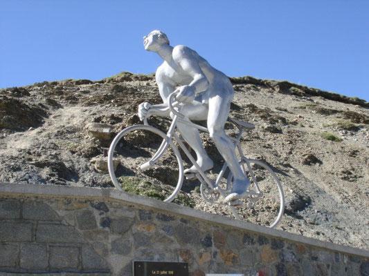 Monument Octave Lapize am Pass Tourmalet (Tour de France 1910)