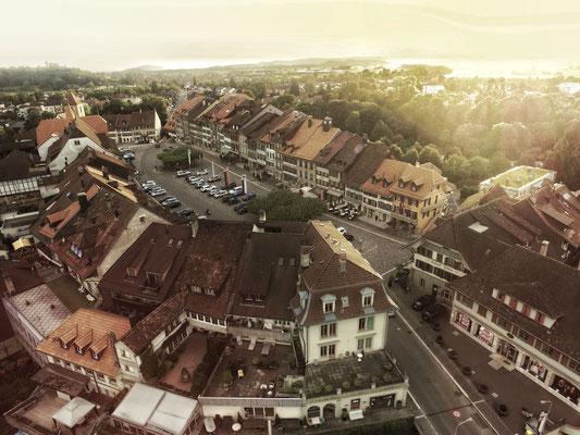 Altstadt von Aarberg mit Drohne (Dji Phantom)