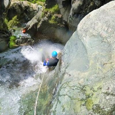 canyoning dans les hautes alpes, canyon de l'eychauda à pelvoux, valouise