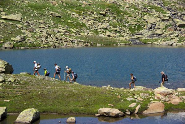 randonnée lac de montagne d'alitude à briançon serre chevalier