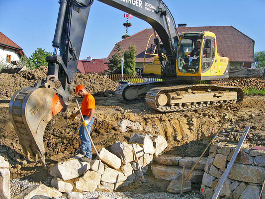 Stein für Stein entsteht ein neuer Kraftplatz