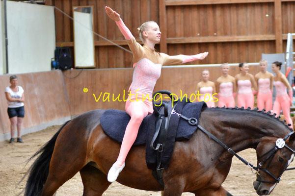 Team Herxheim; LV: Rheinland-Pfalz; Pferd: Gräfin Top; Longe: Agnes Gustin