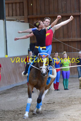 Grevelau Erwachsene; LV: Hannover; Pferd: Jack Daniels; Longe: Julia Schwache