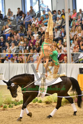 Marilena Ploog/Felix Maas; LV: Schleswig-Holstein; Pferd: Rubino; Longe. Stefanie Winkelmann