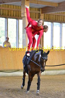 Luisa Letsch/Greta Letsch; Longe: Jana Letsch; Pferd: Little Luna