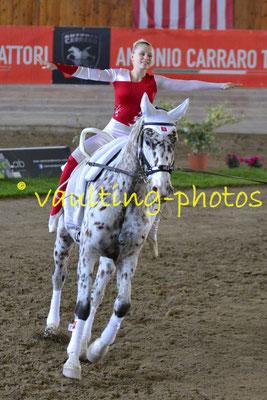 Tösstal (SUI); Pferd: Isabella; Longe: Corinne Bosshard