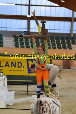 "Team ""Tösstal"" (SUI); Pferd: Isabella IV; Longe: Corinne Bosshard"