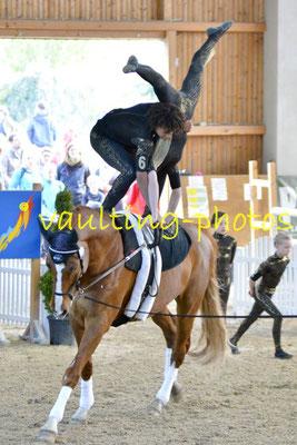 Salzmünde Juniorteam I; Pferd: Summersby; Longe: Franziska Mauff