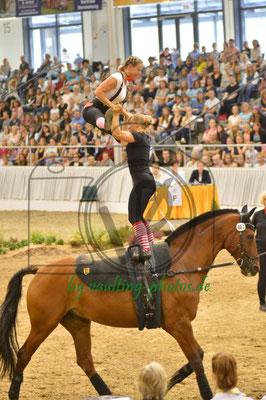 Anja Traub/Nadine Langer; LV: Baden-Württemberg; Pferd: Quintus de Mesille; Longe: Roswitha Ehrle