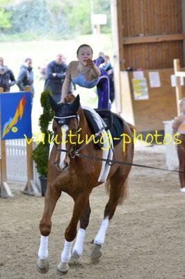 Juniorteam Salzmünde I; Pferd: Summersby; Longe: Franziska Mauff