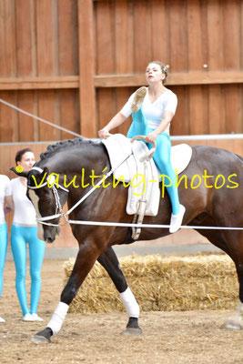 Arolsen I; LV: Hessen; Pferd: Boston; Longe: Madeline Friedrich