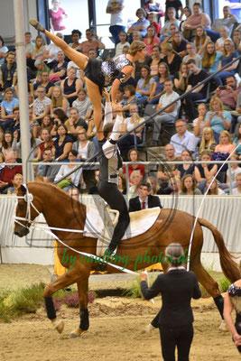Münsterschwarzach I; LV: Bayern; Pferd: Robbie Naish; Longe: Annette Müller-Kaler