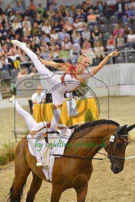Hungen I; LV: Hessen; Pferd: Robinson; Longe: Franziska Schmitt