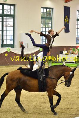 Emma Hoffmann/Pascal Kersten; LV: Baden-Württemberg; Longe: Simone Weinberger; Pferd: Rasquino