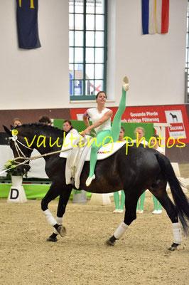 Juniorteam Köngen; LV: Baden-Württemberg; Pferd: Gwyneth 9; Longe: Carola Reutter