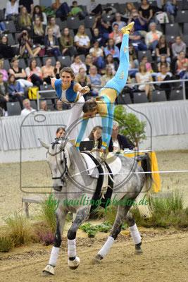 Janin Goldbach/Lisa Müller; LV: Weser-Ems; Pferd: Lucky; Longe: Imke Hummel