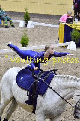 Team Crux (SWE); Pferd: Larox; Longe: Linda Jenvall