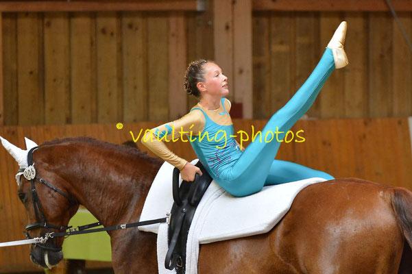 Juniorteam II Schenkenberg; Longe: Katja Wagner; Pferd: Giovanni