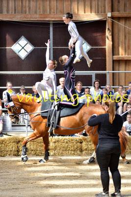 Altlünen IV; LV: Westfalen; Pferd: Franka; Longe: Lisa Zimmermann