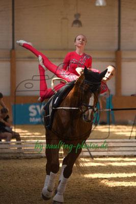 Krumke III; Pferd: Corado; Longe: Johanna Klensmann
