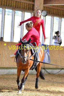 Luise Letsch/Greta Letsch; Longe: Jana Letsch; Pferd: Little Luna