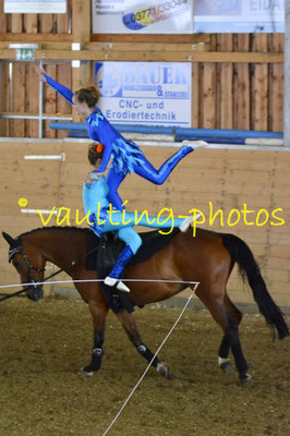 Luise Letsch/Greta Letsch; Pferd: Little Luna; Longe: Jana Letsch