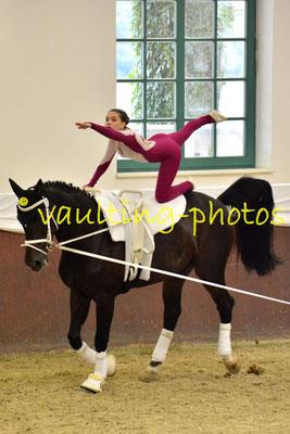 Juniorteam Brakel I; LV: Westfalen; Pferd: Dorion Gray SN; Longe: Anna Brinkmann