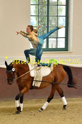 Ella Schneider/Annemie Szemes; LV: Bayern; Longe: Dagmar Szemes; Pferd: Geraldine