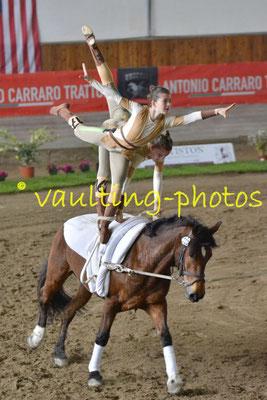 Joeana Mumprecht/Annina Basso (SUI); Pferd: Quintesse CH; Longe: Trudi Kauer