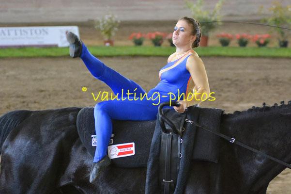 VG Nussmüller RC Winterhof (AUT); Pferd: Großer Schwarzer; Longe: Stefanie Nussmüller