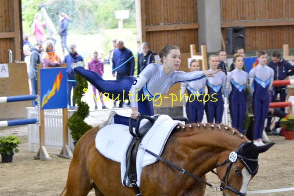 Böhlitz-Ehrenberg II; Pferd: Romantica; Longe: Jana Dorn