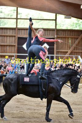 Nutteln I; LV: Schleswig-Holstein; Pferd: Dressage Damereus; Longe: Mareike Thies-Hahn
