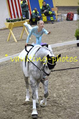Team Svea Juniors (SWE); Pferd: Trezor; Longe: Ronja Persson