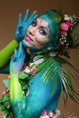 Model: Lara Luv / Foto/Bea: Michael Steck Fotografie / MuA/Hair/Styling: JustB Makeup by Ute Burkhardt