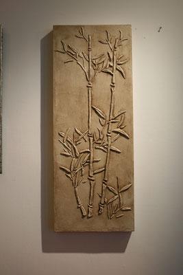 bassorilievo in cartapesta su legno