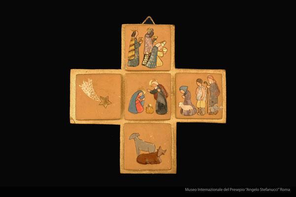 Presepio inciso su formelle poste a forma di croce_Margherita Vegezzi Loffredo (Roma)