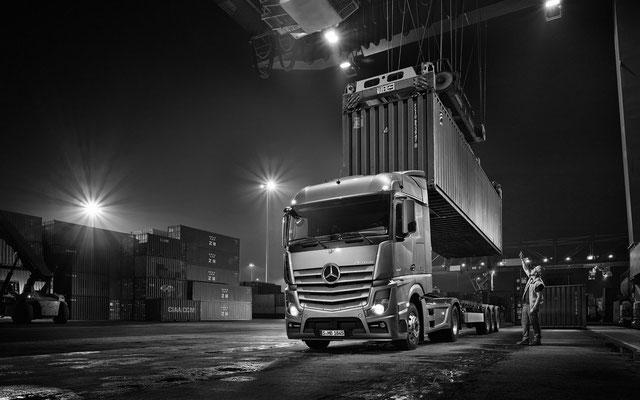 Truck Calendar 2014 | Michael Haegele | Mercedes Benz