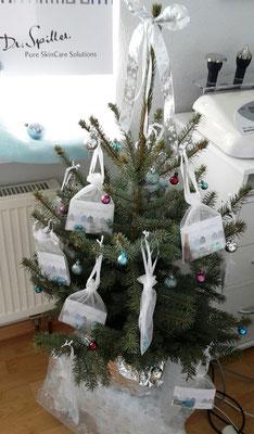 Der Ampullen-Weihnachtsbaum: Ampullen-Sets zum Angebotspreis
