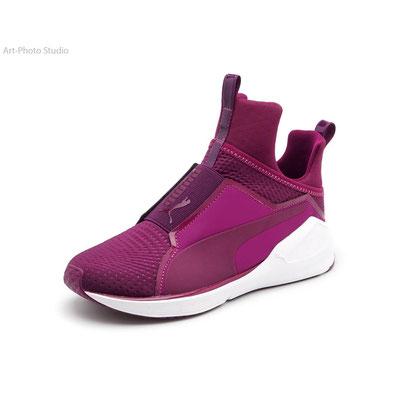 предметная фотография товара - обувь от TM Puma