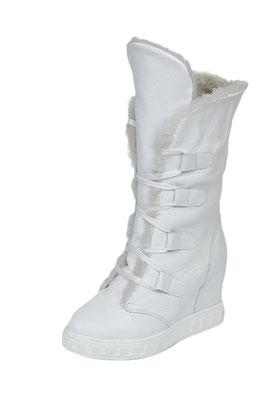 предметная фотосъемка женской белой обуви для каталога в Харькове