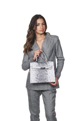 фотография женской сумочки от TM Shoosl