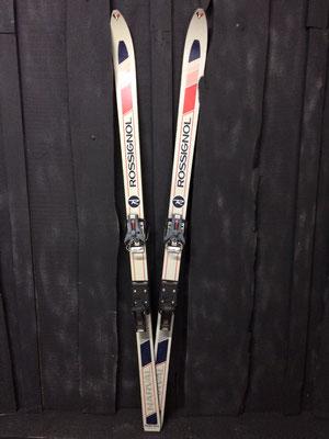 skis vintage altipic ref 031 réservé